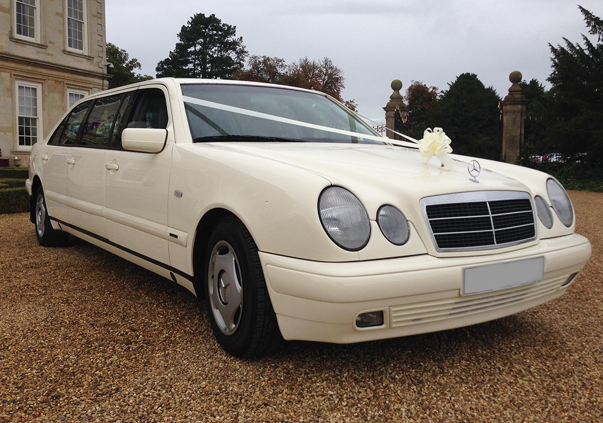 mercedes e class wedding cars prestige classic wedding cars. Black Bedroom Furniture Sets. Home Design Ideas