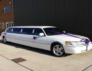 lincoln-limousine-side